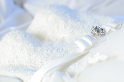 How To Dry Clean A Wedding Gown?