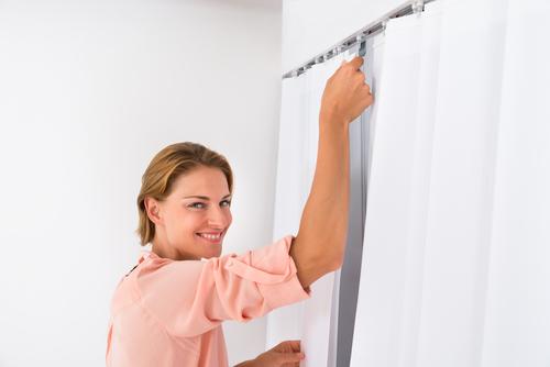 Curtain installation service