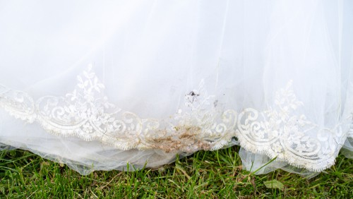stains-on-wedding-dress