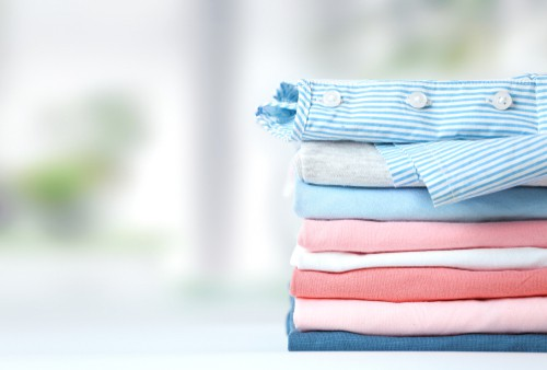 Should You Wash Towels With Clothes?